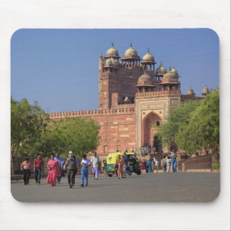 Tourists in front of Fatehpur Sikri, in the Mouse Pad