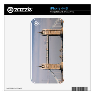 Tower Bridge 6 iPhone 4 Skins
