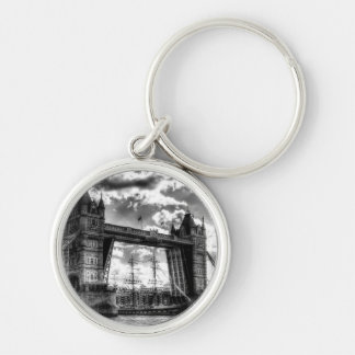 Tower Bridge and passing ship Silver-Colored Round Keychain