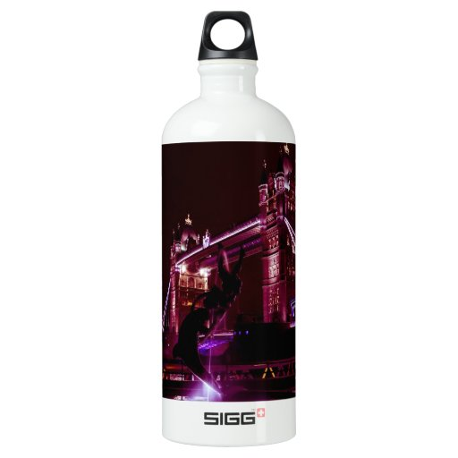 Tower Bridge And The Girl and Dolphin Statue SIGG Traveler 1.0L Water Bottle