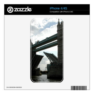 Tower Bridge Decal For iPhone 4