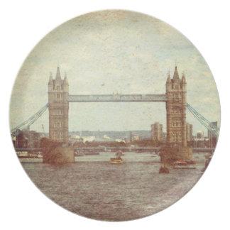 Tower Bridge Party Plate