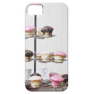 Tower of cupcakes or patty cakes iPhone SE/5/5s case