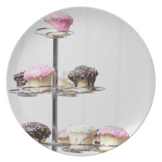 Tower of cupcakes or patty cakes party plates
