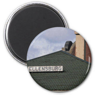 town & Country 2 Inch Round Magnet