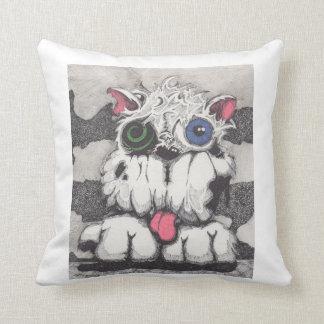 Toxie la almohada del perro del zombi