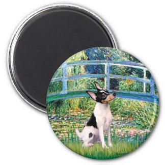 Toy Fox Terrier - Bridge 2 Inch Round Magnet