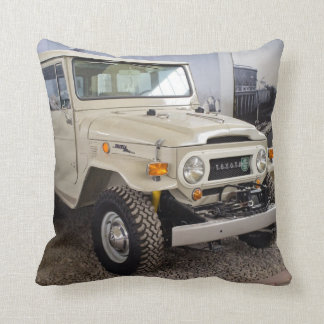 Toyota Land Cruiser BJ40 Throw Pillow