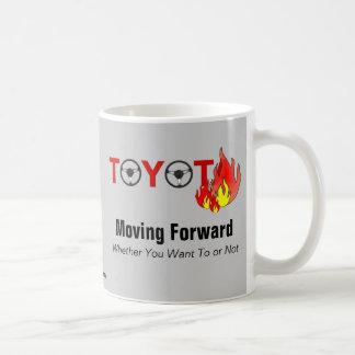Toyota: Mudanza adelante Taza Básica Blanca