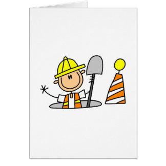 Trabajador de construcción en boca tarjeta de felicitación