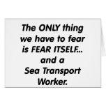 trabajador de transporte de mar del miedo tarjeta