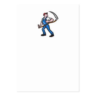 Trabajador del granjero que lleva a cabo el dibujo tarjetas de visita grandes