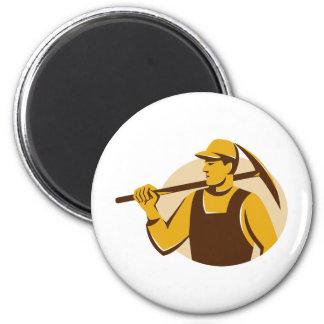 trabajador del minero con el hacha de la selección imán redondo 5 cm