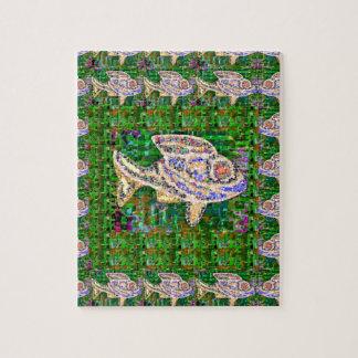 Trabajo artístico de los pescados exóticos del ORO Puzzle Con Fotos