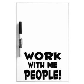 Trabajo conmigo trabajo del equipo de la gente pizarras blancas