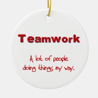 ¡Trabajo en equipo! ¡Todos que hacen cosas MI Ornamento De Reyes Magos