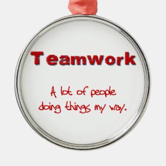 ¡Trabajo en equipo! ¡Todos que hacen cosas MI Ornamento Para Arbol De Navidad