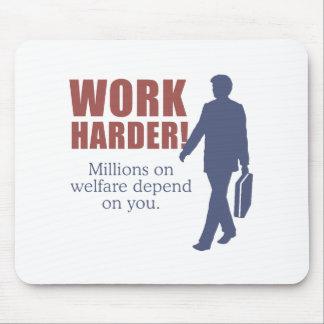 Trabajo más difícilmente. Millones en bienestar de Tapete De Raton