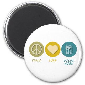 Trabajo social del amor de la paz imán redondo 5 cm