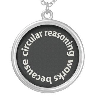 Trabajos circulares del razonamiento porque collar