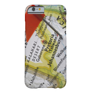 Trace el perno colocado en Johannesburg, Suráfrica Funda Para iPhone 6 Barely There