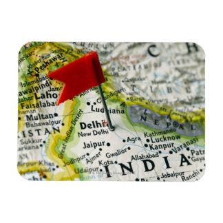 Trace el perno colocado en Nueva Deli, la India en Imán De Vinilo