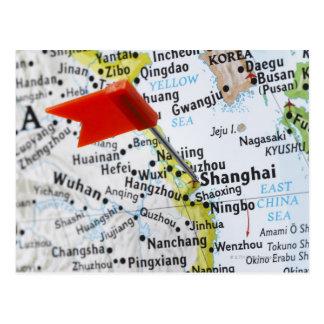 Trace el perno colocado en Shangai China en mapa Postal
