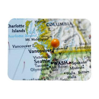 Trace el perno colocado en Vancouver, Canadá en ma Rectangle Magnet