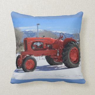Tractor 1955 de Allis Chalmers WD45 en almohada de