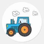 Tractor azul pegatina redonda