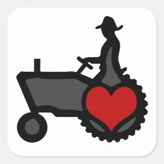 Tractor con amor del corazón el país pegatinas cuadradas