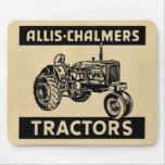 Tractor de granja del vintage alfombrillas de ratón