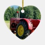 Tractor de granja rojo antiguo adorno