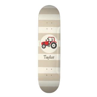 Tractor de granja rojo en rayas del moreno tablas de skate