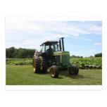 Tractor de granja tarjeta postal