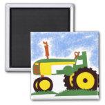 Tractor debajo del cielo azul imán