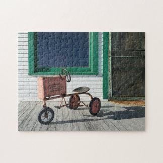 Tractor del juguete del vintage rompecabezas