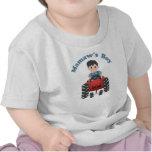 Tractor del muchacho de las abuelas camiseta