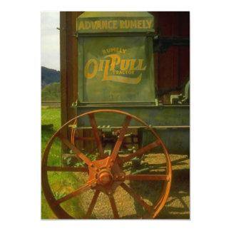 Tractor del verde del vintage de la invitación del