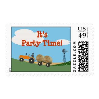 Tractor en el franqueo del fiesta de la granja: estampillas