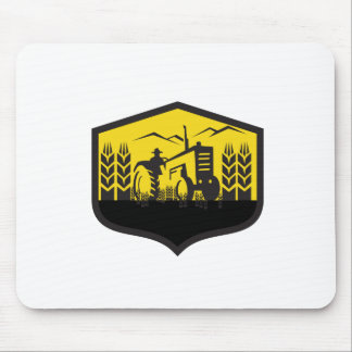 Tractor Harvesting Wheat Farm Crest Retro Mouse Pad