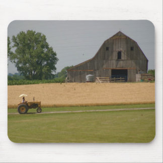 Tractor Mousepad: Tractor and barn Mouse Pad