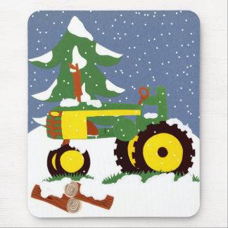 Tractor para el invierno alfombrilla de raton