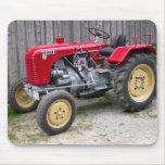 Tractor rojo de Steyr Alfombrilla De Ratones