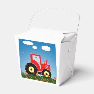 Tractor rojo del juguete caja para regalos