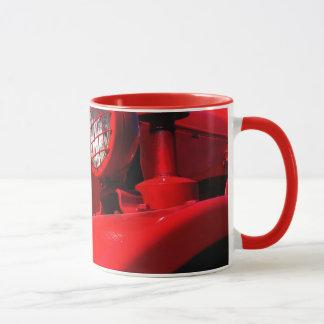 tractor rojo grande por el sjohn taza