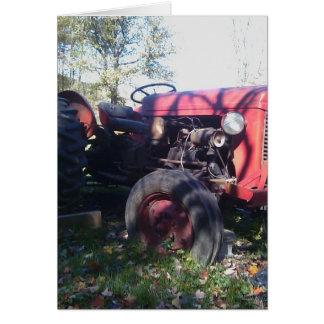 Tractor rojo retro tarjeta de felicitación