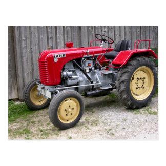 Tractor rojo T84 de Steyr Postal