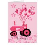 Tractor rosado de la fiesta de bienvenida al bebé  tarjetas