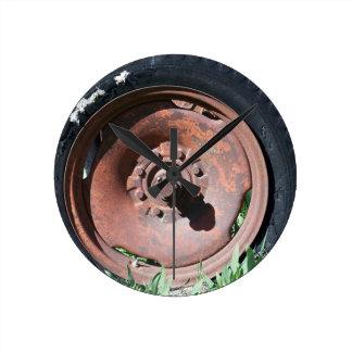 Tractor Tire Round Clock